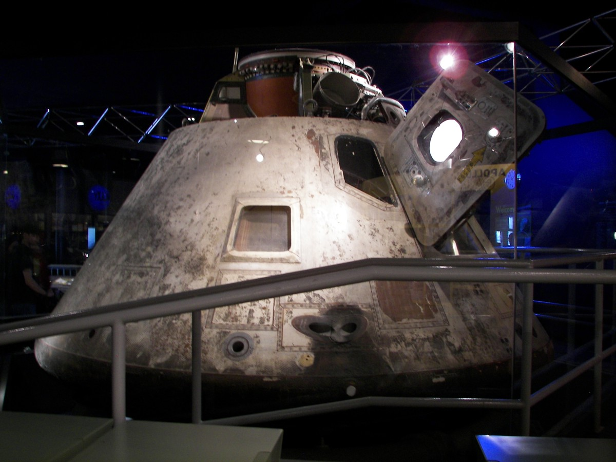 an apollo spacecraft - photo #20