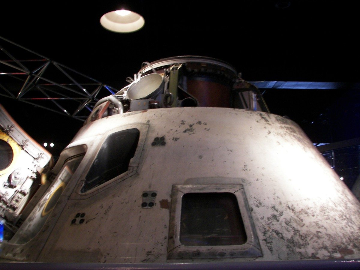 an apollo spacecraft - photo #26