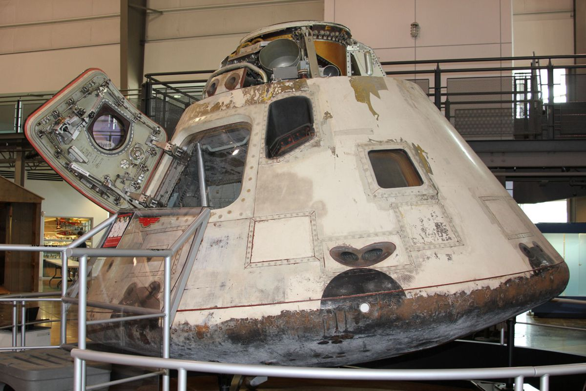 an apollo spacecraft - photo #41