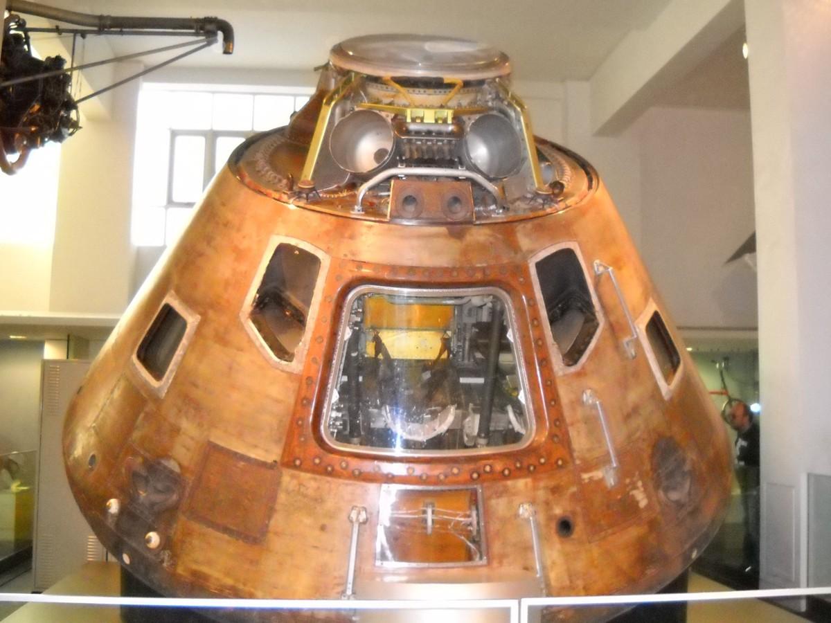 Apollo 10 (1969) CSM-106_LSM2009SK_2