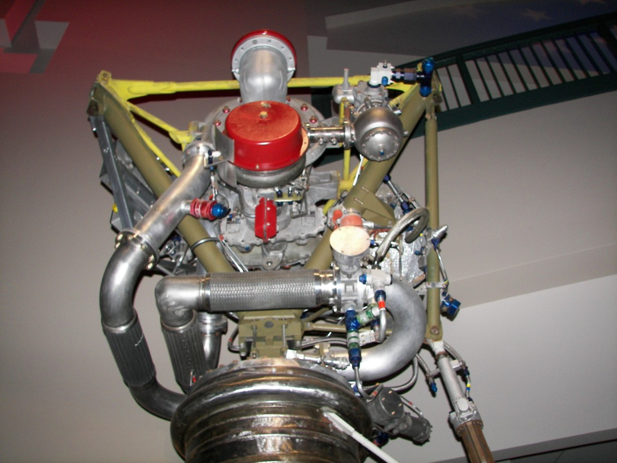 https://historicspacecraft.com/Photos/LR-79_Engine_Dayton_2007_RK_7.jpg