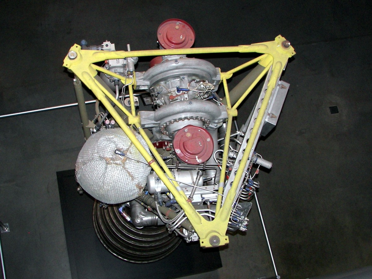 https://historicspacecraft.com/Photos/LR-79_Engine_Dayton_2007_RK_8.jpg