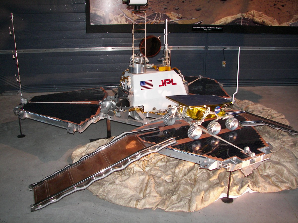 pathfinder spacecraft - photo #2