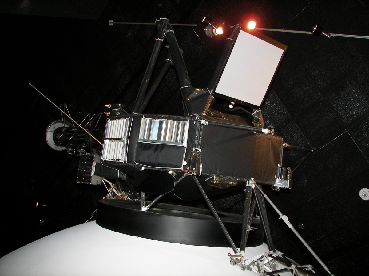 Probes To The Outer Planets Historic Spacecraft Further Voyager 2 Diagram On Space Probe