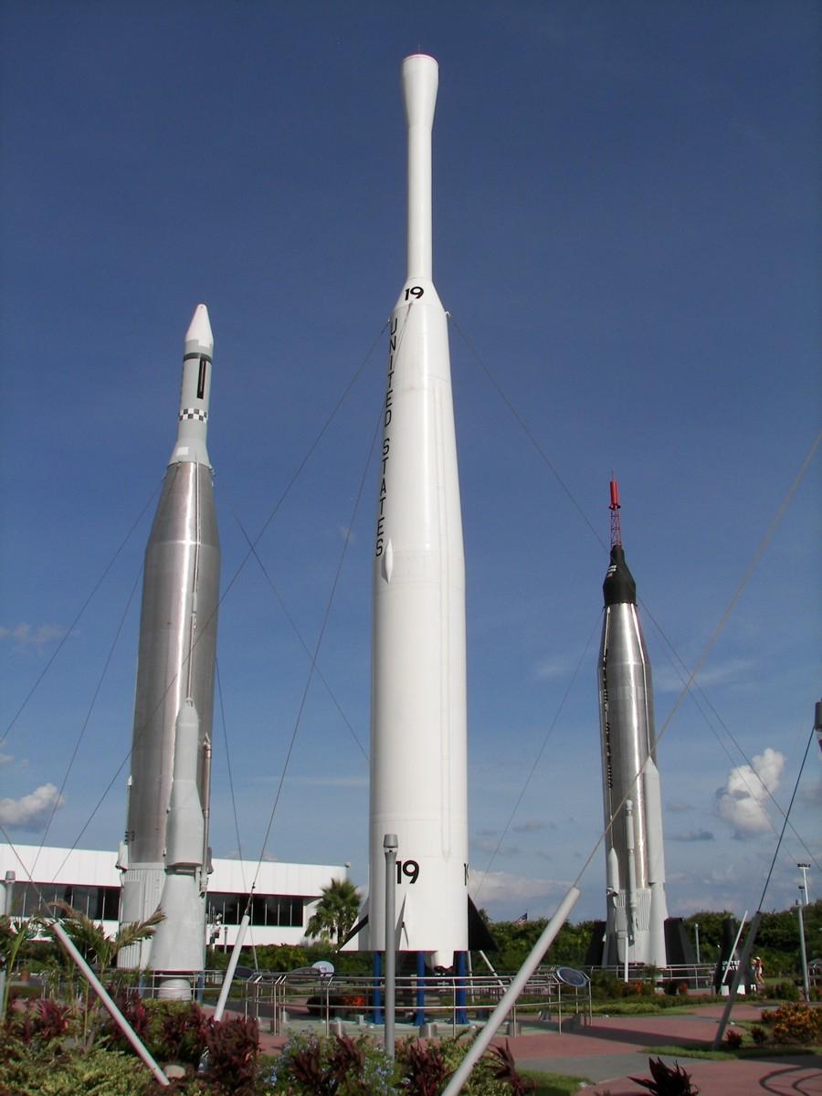 delta space rocket - photo #1