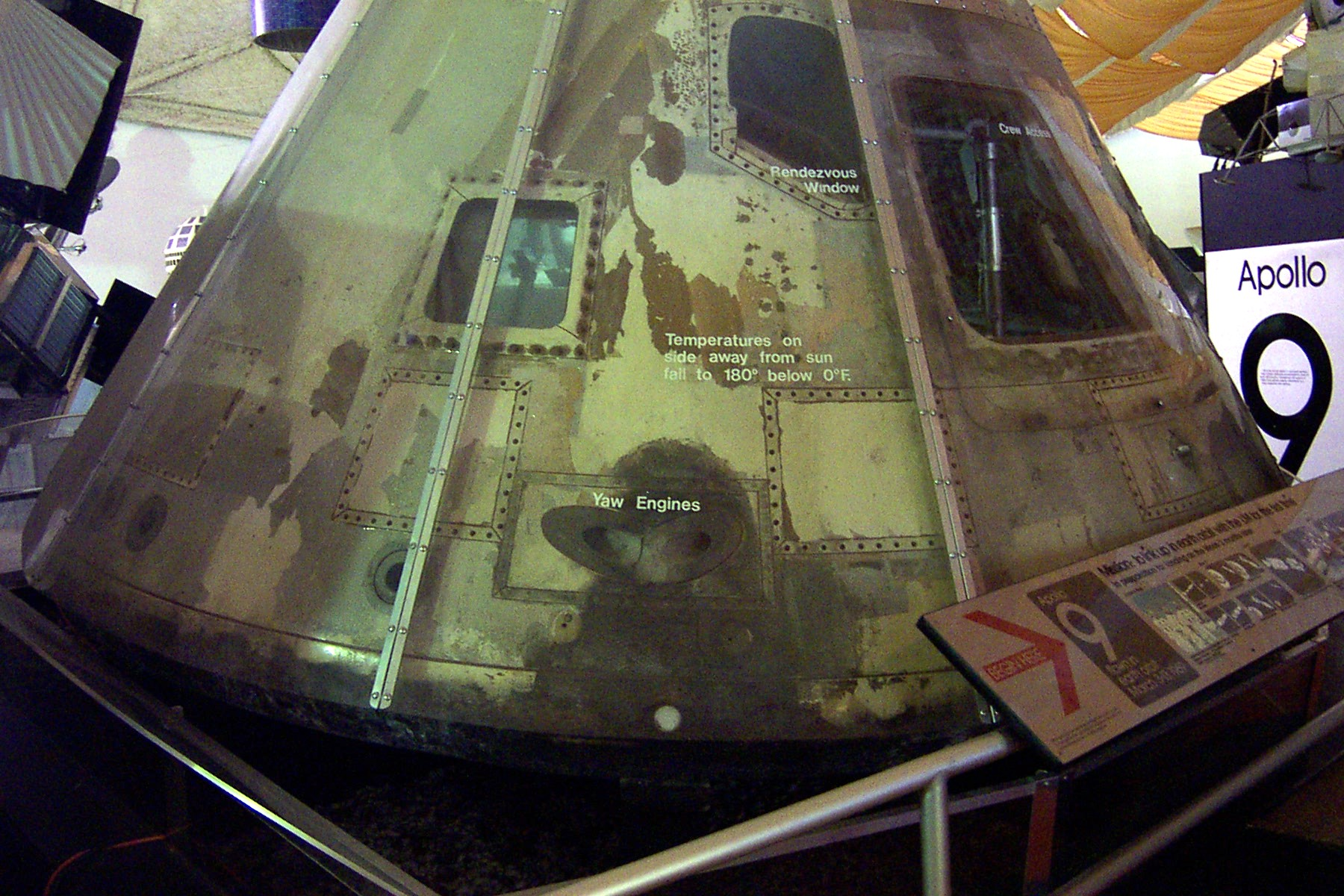inside apollo capsule houston - photo #15
