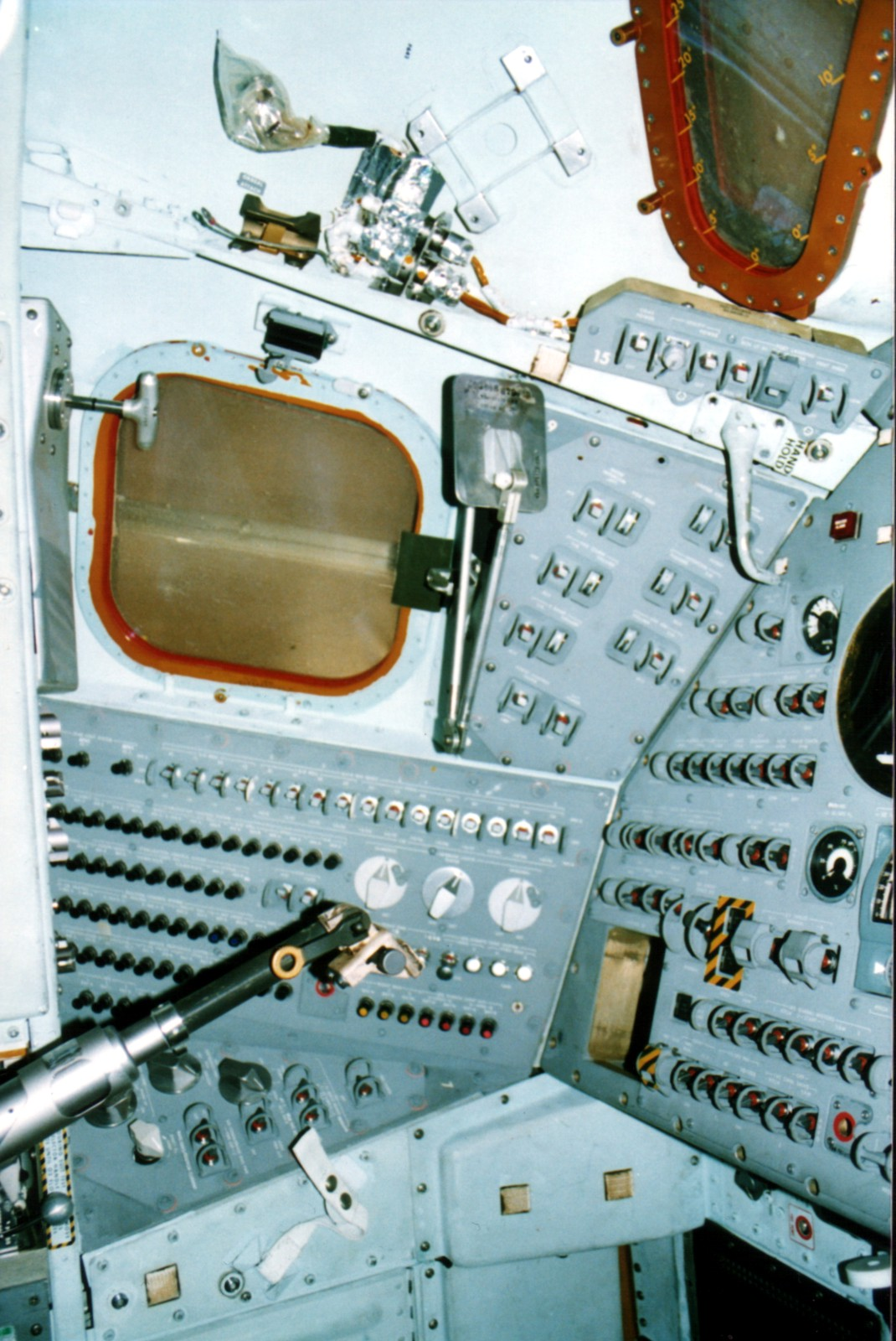 apollo capsule control panel - photo #10