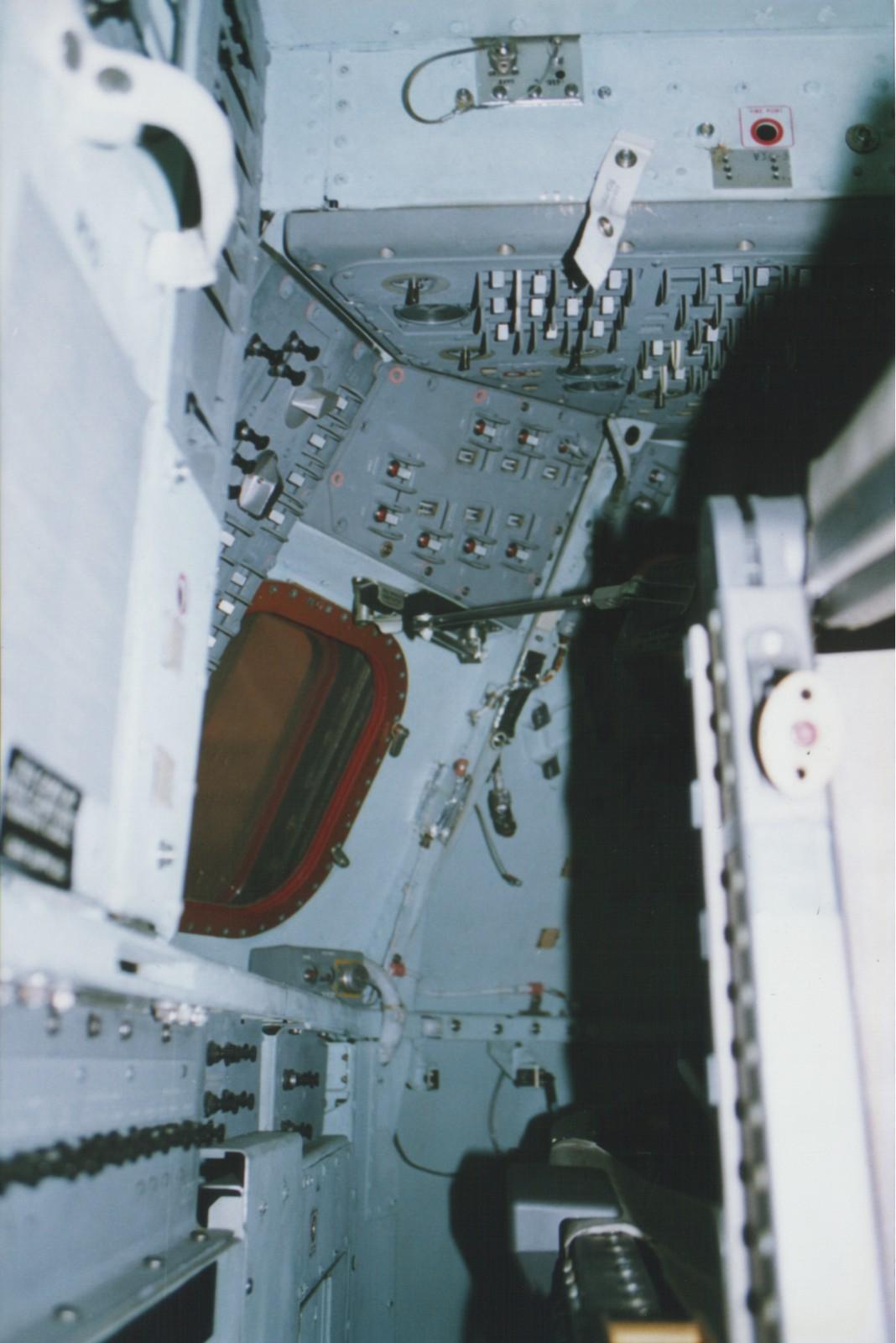 apollo spacecraft navigation - photo #10