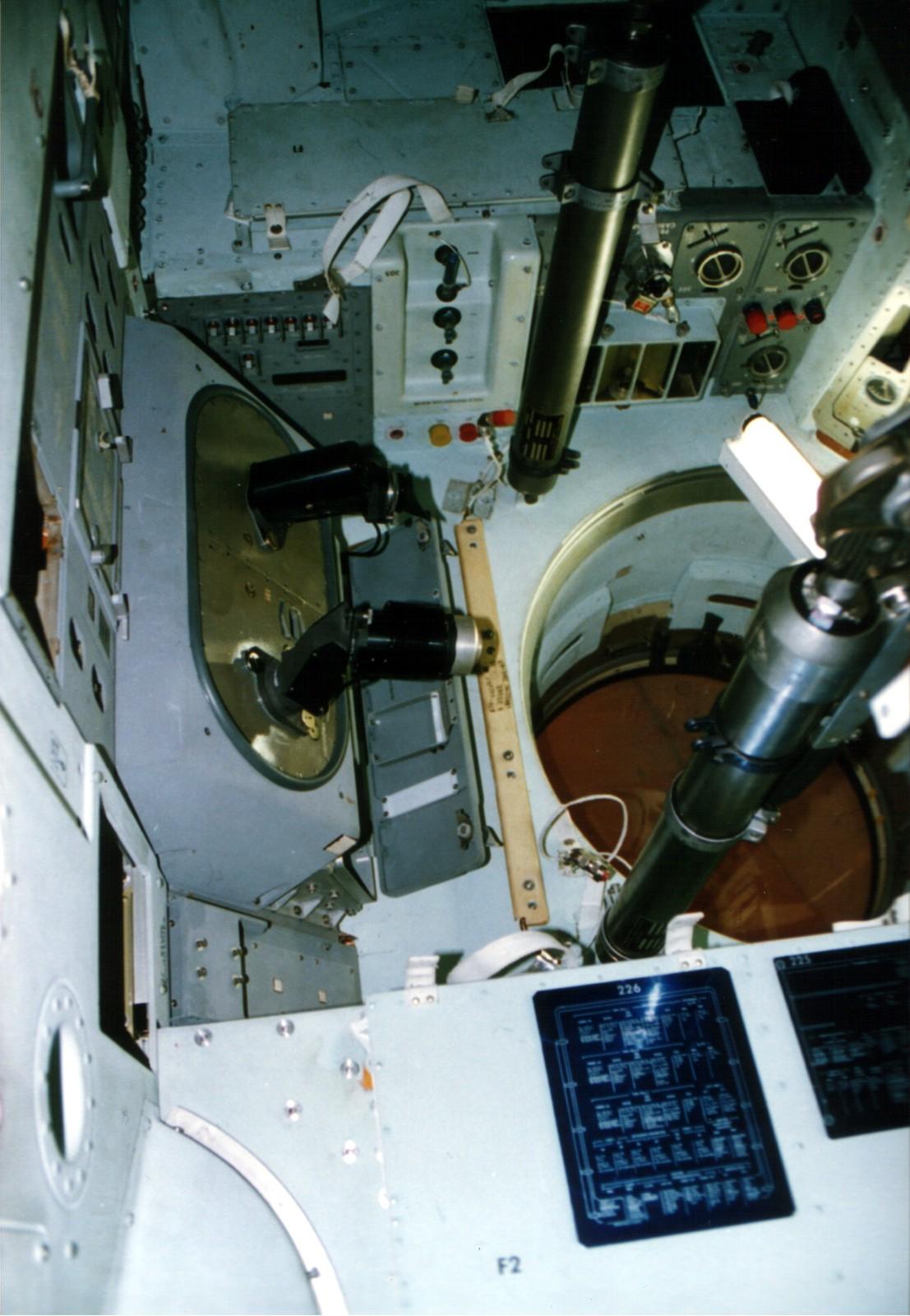 apollo spacecraft navigation - photo #4